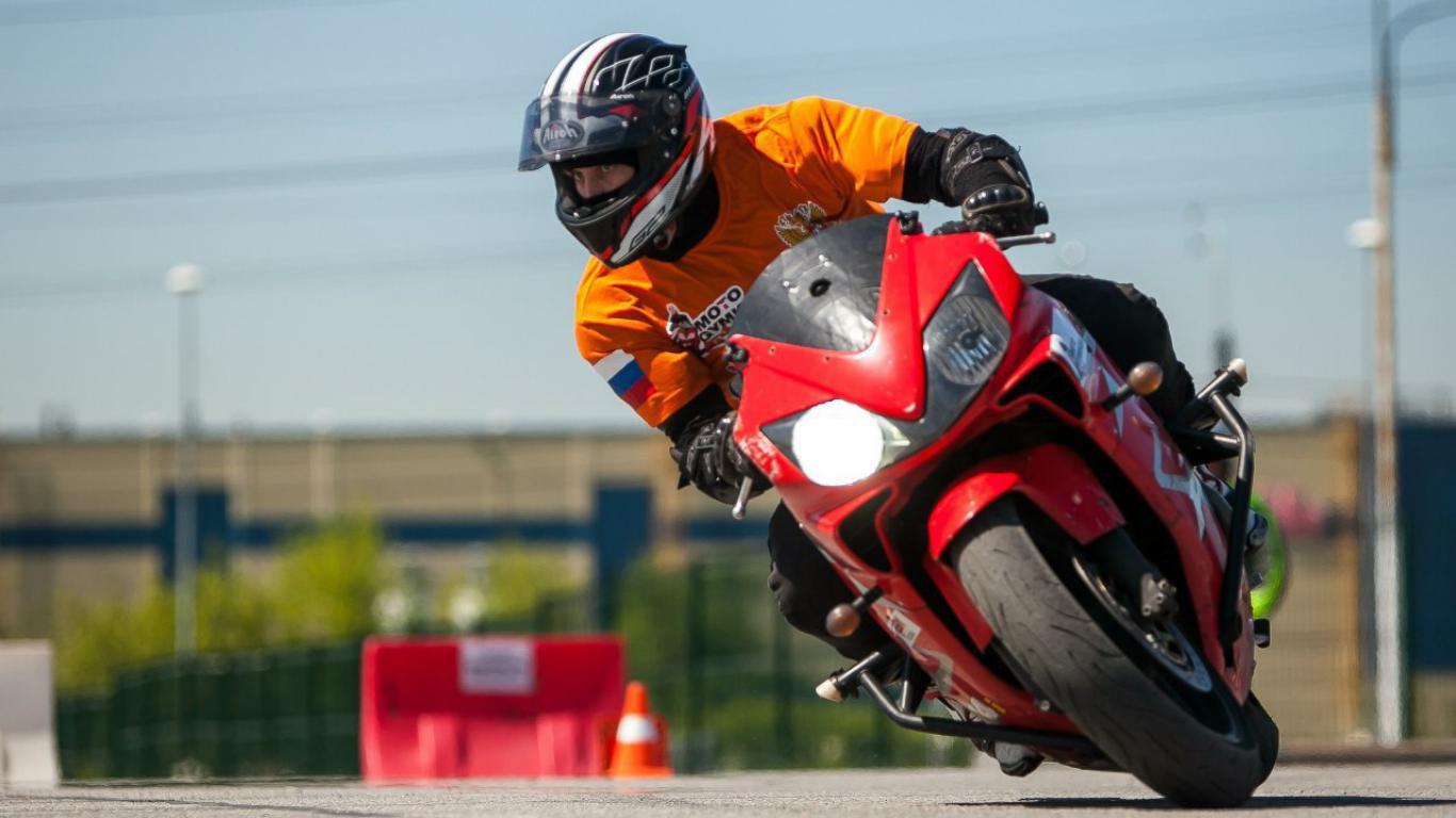 обучение новичков мотоцикл