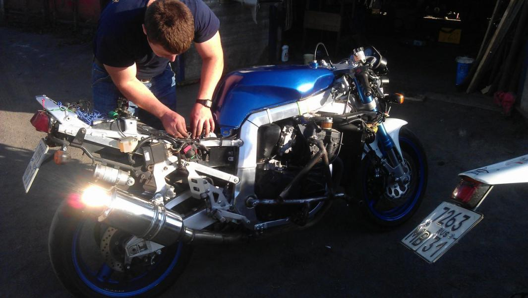 обслуживание мотоцикла